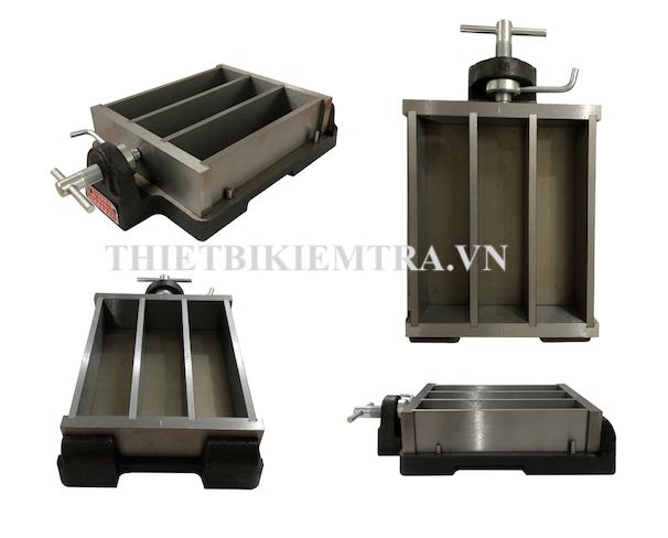 KHUÔN ĐÚC MẪU VỮA XI MĂNG 40X40X160 - KÉP 3 BẰNG GANG dụng cụ dùng để đúc mẫu thí nghiệm vữa xi măng, mẫu sau khi đúc có kích thước 40mm x 40mm x 160mm, một lần đúc được 3 mẫu thí nghiệm ( một tổ mẫu). Tùy vào mục đích sử dụng khác nhau mà khuôn cũng có thể được làm bằng Thép, bằng Nhựa,....