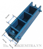 KHUÔN ĐÚC MẪU VỮA XI MĂNG 70,7MM BẰNG THÉP là dụng cụ dùng để đúc mẫu thí nghiệm vữa xi măng, mẫu sau khi đúc là mẫu hình lập phương có kích thước 70,7x70,7x70,7 mm, một lần đúc được 3 mẫu thí nghiệm ( một tổ mẫu).